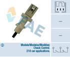 Fae Koppelingbedieningsschakelaar (motor) / Remlichtschakelaar 24410